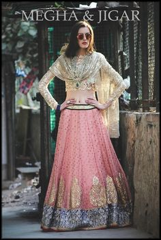 Looking for light pink and gold lehenga? Browse of latest bridal photos, lehenga & jewelry designs, decor ideas, etc. on WedMeGood Gallery. India Fashion, Ethnic Fashion, Asian Fashion, Gq Fashion, Indian Bridal Fashion, Indian Bridal Wear, Bride Indian, Indian Look, Indian Ethnic Wear