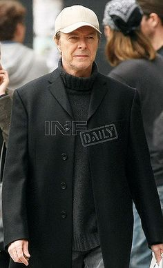 David Bowie   November 4, 2008: David Bowie spotted walking …   Flickr