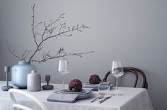 Still life — Riikka Kantinkoski Beautiful Table Settings, Decoration Table, Color Combos, Still Life, A Table, Dining Room, Layout, Vase, Tableware