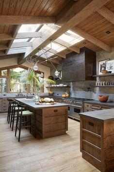 20 Beautiful Luxury Kitchen Design Ideas (Traditional, Dream and Modern Kitchen)You can find Modern kitchen design. Home Kitchens, Rustic Kitchen, Kitchen Remodel, Skylight Kitchen, Kitchen Decor, Modern Kitchen, Luxury Kitchen Design, Modern Farmhouse Kitchens, Luxury Kitchen