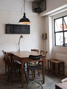 Simple Interior, Cafe Interior, Interior Styling, Plywood Furniture, Design Furniture, Design Studio, Cafe Design, House Design, Design Design