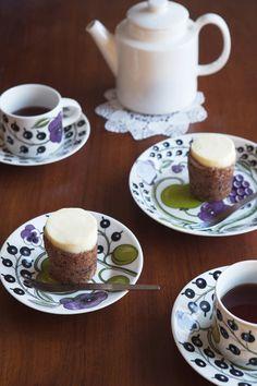 プレート | イッタラ Home Deco, Porcelain, Sweets, Plates, Dishes, Tableware, Desserts, Finland, Plate