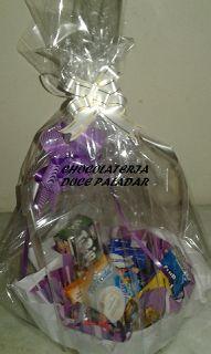 Chocolateria Doce Paladar: mini cesta café da manhã - R$ 45,00 - 10 itens