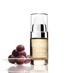 A luxurious eye cream powered by Caudalie's three signature patents to dramatically improve visible signs of aging. Solutions for: - Dark circles - Puffiness - Fine lines and wrinkles If you want to k