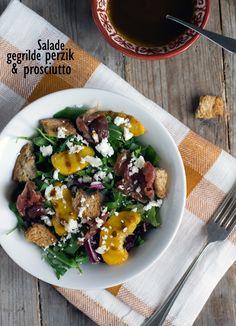 Salade met gegrilde perzik en prosciutto txt