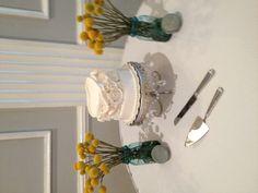 Shabby chic wedding cake!