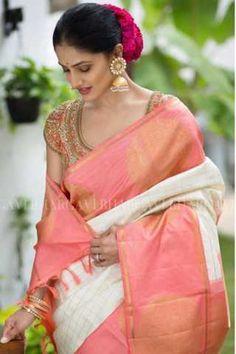 The Largest Online Indian ethnic wear store for women - Sarees, Salwar Suits. Kanjivaram Sarees, Kanchipuram Saree, Handloom Saree, Indian Dresses, Indian Outfits, Indian Clothes, Modern Saree, Saree Trends, Soft Silk Sarees