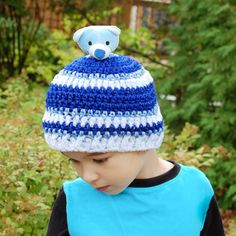 Top This Child Crochet Hat Pattern | www.petalstopicots.com | free #crochet #hat #pattern