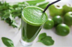 Os sucos detox são uma ótima opção para lanches saudáveis com poucas calorias e ricos em nutrientes. Veja algumas receitas.