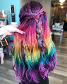 Unique & Fresh Ideas of Hair Color for 2019 Colorful Highlights for Long Hair Unique & Fresh Ideas of Hair Color for 2019 Colorful Highlights for Long Hair Source by billybirchh Source by Hair Dye Colors, Hair Color Blue, Cool Hair Color, Long Hair Highlights, Rainbow Hair Highlights, Colored Highlights, Pulp Riot Hair Color, Creative Hair Color, Dye My Hair