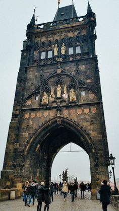 Have you been to Prague in Winter? Yes, its cold yes it snows but there are fewer tourists, cheaper prices, amazing Christmas markets to visit. Here are our top tips for an amazing Prague winter getaway!  .  .  #Prague #Praha #Pragueoldtown #christmasmarket #CzechRepublic #Charles Bridge # Goulash  .  What to see in Prague | Prague attractions | things to do in Prague
