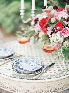 Romantic French garden inspired photo-shoot: http://www.stylemepretty.com/2014/08/04/romantic-french-garden-inspired-photo-shoot/ | Photography: http://marissalambertphotography.com/