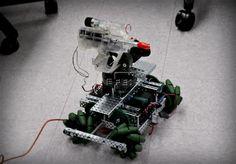 ROBÓTICA.- Donan 50.000 dólares para desarrollar robots en Miami  Miami, (EFEfuturo).- El laboratorio de la Escuela de Informática y Ciencias de la Información de la Universidad Internacional de Florida (FIU) recibió un donativo de 50.000 dólares que permitirá desarrollar nuevos trabajos e investigaciones sobre robótica.¿Quieres acceder a todos nuestros vídeos y novedades sobre videojuegos, tecnologia y ocio digital? Multimedia de Futuro de  EFE:ventas@efe.es +34 913467100…