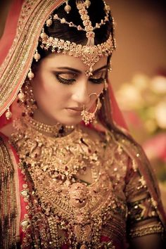 Indian Bride gold jewelry nose ring earrings tikka