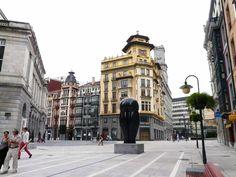 lady in black: Lovely Oviedo   #oviedo #spain #asturias #spanielsko #visitspain #visitasturias #traveltips #traveleurope #travel #travelblogging #visiteurope #placestogo #oldtown #placestogo #placestosee #espana
