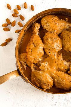 #Mexican #chicken with #almond #sauce  (#pollo en #salsa de #almendras)