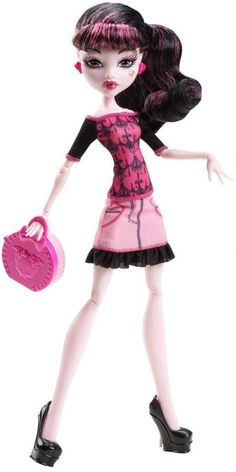 Black Friday 2014 Monster High Basic Travel Draculaura Doll from Mattel Cyber Monday. Black Friday specials on the season most-wanted Christmas gifts. Love Monster, Monster High Dolls, Turtle Birthday, Turtle Party, Best Black Friday, Custom Dolls, Toy Store, Doll Accessories, Pink Tops