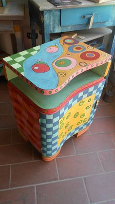 Whimsical Painted Furniture, Painted Chairs, Pallet Furniture, Outdoor Furniture, Outdoor Decor, Furniture Ideas, Ottoman, Nursery, Activities