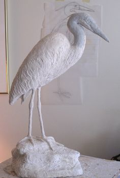 "Great Absolutely Free air dry Clay birds Popular *Paper Sculpture – ""Blue Heron"" by Kelly Richard (Paper covered with air dry clay – step by Paper Mache Projects, Paper Mache Clay, Paper Mache Sculpture, Paper Mache Crafts, Bird Sculpture, Clay Projects, Clay Crafts, Paper Sculptures, Clay Clay"