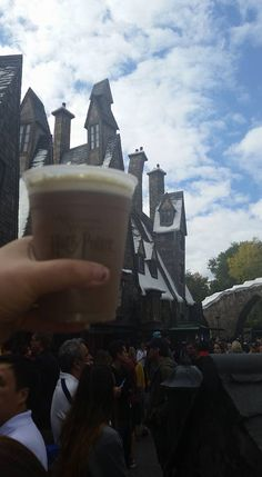 Butter beer at Universal Studios #harrypotter #travel #orlando
