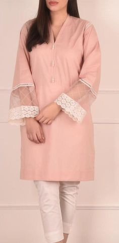 Kurti Sleeves Design, Sleeves Designs For Dresses, Dress Neck Designs, Pakistani Fashion Casual, Pakistani Dresses Casual, Pakistani Dress Design, Fancy Dress Design, Stylish Dress Designs, Embroidery Suits Design