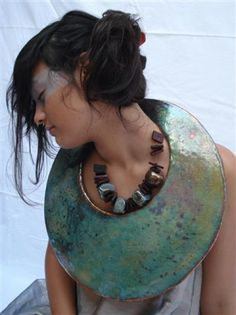 Gabriella Bais - art jewellery design; oversized necklace; body adornment; enameled copper
