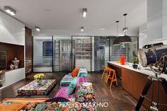 vibrant-modern-living-room-ideas .--BY SERGER MAKINO--