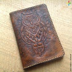 Обложка на паспорт из кожи. Сова. Подарок женщине, натуральная кожа | Bestmade - изделия ручной работы