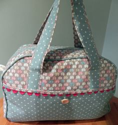 A spacious holdall with zip fastening and roomy front pocket