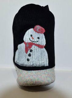 ★新品タグ付き★完全手描きオリジナル雪だるま★サイズ フリー色 黒原材料 アクリル手描きスノーマン☆かわいい雪だるまのオリジナルイラストのニット帽です。世界に一つだけのオリジナル!布用絵具で描かれていますので、洗濯OK!完全手描きのため、多少色のムラやかすれがあります。発送については、着払いを予定しております。返品不可です。よろしくお願いします。ご理解の上ご入札ください。