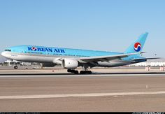 Boeing 777-2B5/ER aircraft picture