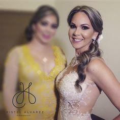 Una novia hermosa! Hair by @af_hairstudio  #kristel_makeup #eyes #eyeshape #mua #makeupartist #vegas_nay #alcantaramakeup #anastasiabeverlyhills #auroramakeup #eyelashes #dressyourfacelive #anastasiabrows #motivescosmetics #sigma #sigmabeauty #motd #maccosmetics #nars #mufe #brows #beauty #bridal #universodamaquiagem_oficial #makeupaddictioncosmetics #slave2beauty #makegirlz #ghalichiglam #makegirlz #mayamia_makeup #gregoryarltbeauty via @angela4design by kristel_makeup