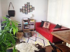 Before & After: A Small 570 Square Foot Studio Gets Stylish — Professional Project by Johnelle Mancha of Mignonne Décor http://mignonnedecor.com/interior-commercial-design