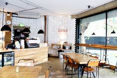 V mnoha publikacích zabývajících se nejlepšími londýnskými kavárnami se již poněkolikáté objevila kavárna Shoreditch Grind a to je dostatečný...