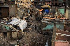 26.05 Un mois après le séisme meurtrier qui a fait plus de 8600 morts au Népal, tout est encore à reconstruire à Katmandou.Photo: Ishara S.kodikara