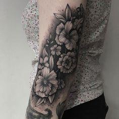 Parvick Faramarz blackwork tattoos13