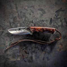 VORN SLÁ variation Sold W2 steel Convex grind Exhibition grade Honduran Rosewood Burl Copper mosaic pins Leather sheath included #rosewood #burl #copper #forged #handmade #convex #leather #sheath #fieldknife #camping #hiking #wilderness #outdoorlife