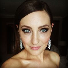 The most heavenly Zoe Foster-Blake.  Totally mentally bookmarking this look for a future evening look!