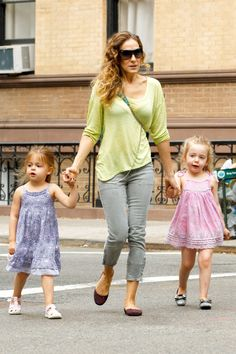 Sarah Jessica Parker another day taking the twins to school