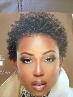 Short Natural Styles, Natural Hair Short Cuts, Tapered Natural Hair, Natural Hair Styles For Black Women, Short Curly Hair, Short Hair Cuts, Curly Hair Styles, Twa Hairstyles, Natural Hairstyles