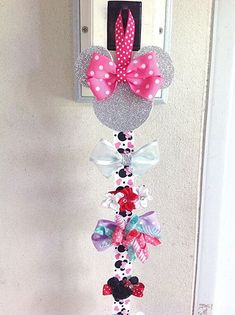 Minnie Mouse Hairbows holder Hair Bow holder Hair by … Hair Accessories Holder, Organizing Hair Accessories, Girls Hair Accessories, Girl Hair Bows, Girls Bows, Hair Bow Hanger, Diy With Kids, Disney Crafts, Baby Bows