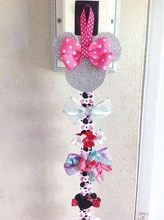 Minnie Mouse Hairbows holder Hair Bow holder Hair by … Hair Bow Hanger, Hair Bow Holders, Bow Holder Diy, Headband Holders, Diy With Kids, Hair Accessories Holder, Making Hair Bows, Diy Bow, Girl Hair Bows