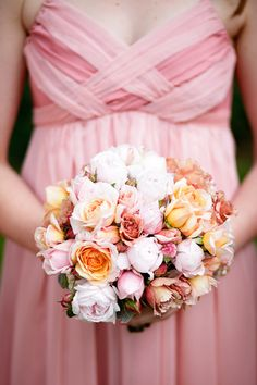 Beautiful bouquet   Photo by Borrowed and Blue Productions