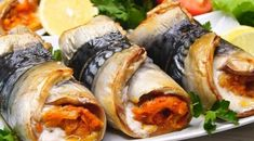 Fish Recipes, Seafood Recipes, Dinner Recipes, Cooking Recipes, Fresh Rolls, Sushi, Food And Drink, Deserts, Ethnic Recipes