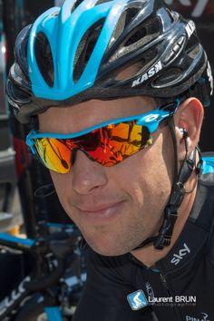 69dd37b8afe2 Richie Porte - Sky Pro Cycling Team Wearing custom Oakley Radarlock  Sunglasses. http