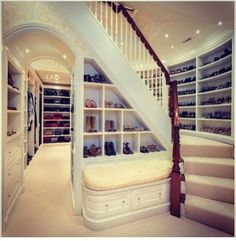 this is a closet. Wow.