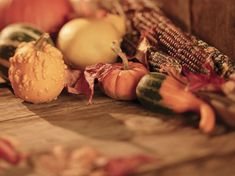 13 Thanksgiving Wallpapers for Your Computer, Tablet, and Phone: Thanksgiving Day by WallpaperStock