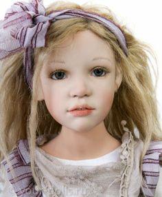 Collectible doll from Olka Zawieruszynski