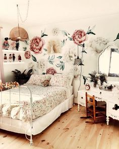 In the Big Kid Room with Cultivate Motherhood Project Nursery Big Girl Rooms big Cultivate Kid Motherhood Nursery Project room Dorm Room Walls, Room Wall Decor, Bedroom Decor, Bedroom Ideas, Design Bedroom, Floral Bedroom, Vintage Girls Rooms, Bedroom Vintage, Home Interior
