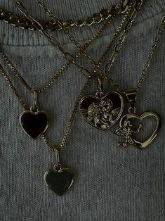 Grunge Jewelry, Funky Jewelry, Ear Jewelry, Cute Jewelry, Jewelry Accessories, Piercings, Ring Necklace, Earrings, Bling